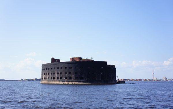 Кронштадт с посещением  Морского собора и форта Константин