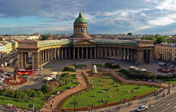 Классическая автобусная экскурсия по Санкт-Петербургу