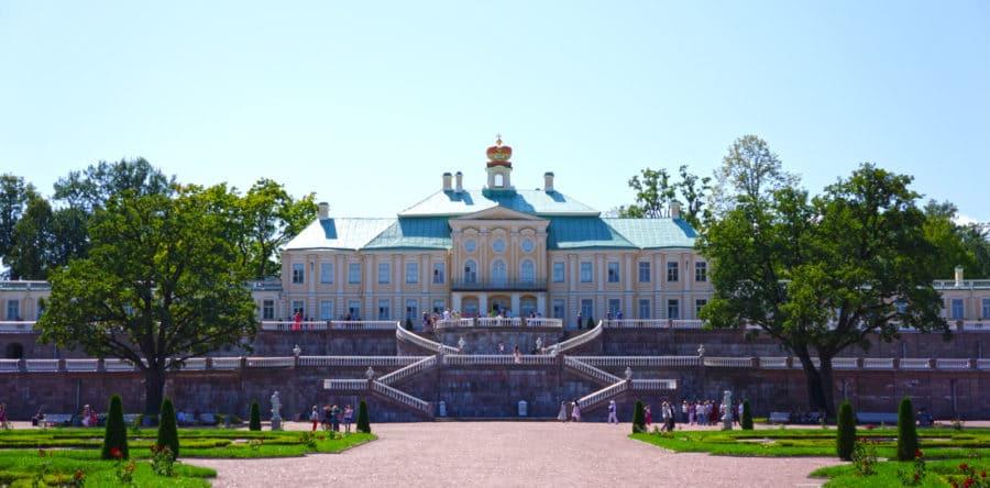 Экскурсия в Ораниенбаум с посещением двух дворцов