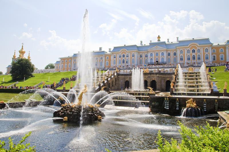 Петергоф (фонтаны)+ Кронштадт (теплоход + форт Константин)