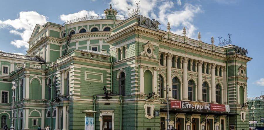 Интересная экскурсия «Театральный Петербург»
