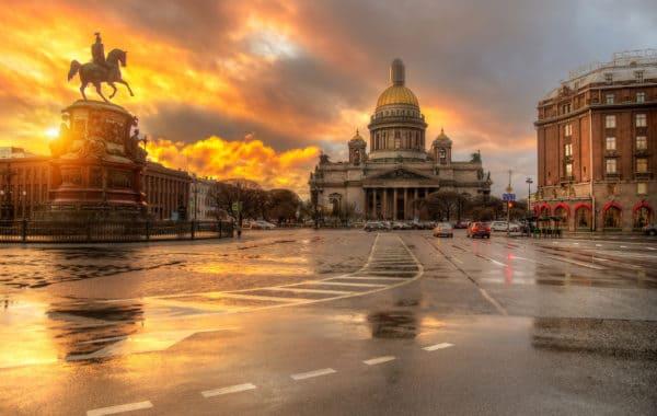 Онлайн прогулка по весеннему Санкт-Петербургу