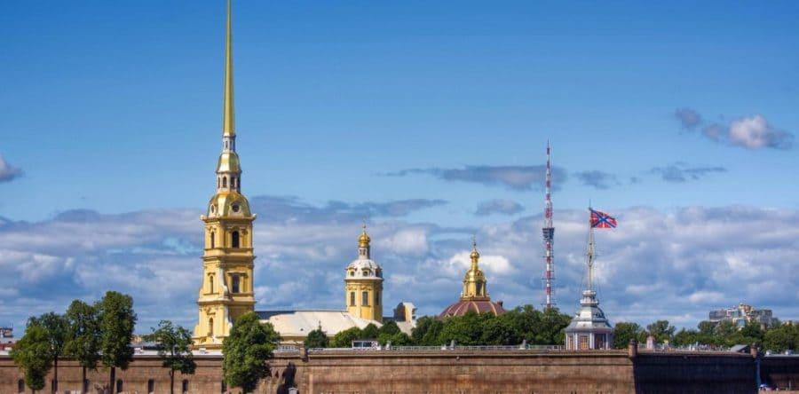 Обзорная по городу с Петропавловской крепостью, с теплоходной прогулкой