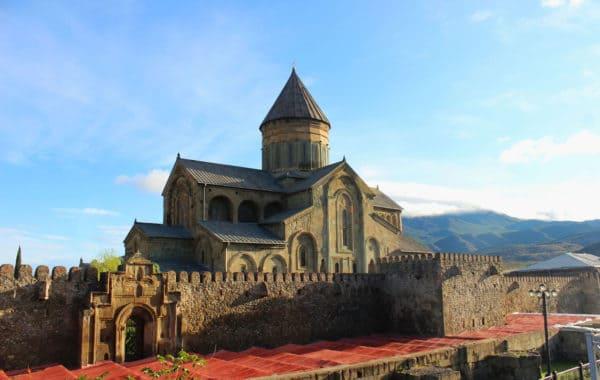Четырехдневный тур в Грузию (Kazbegi – Mckheta – Sighnaghi)